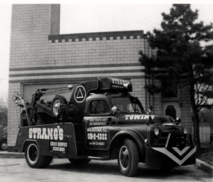 49 Dodge Tow Truck  Strang's Cities Service