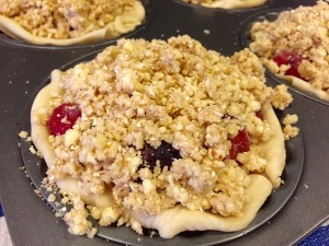 Apple Streusel Mince Berry Pie